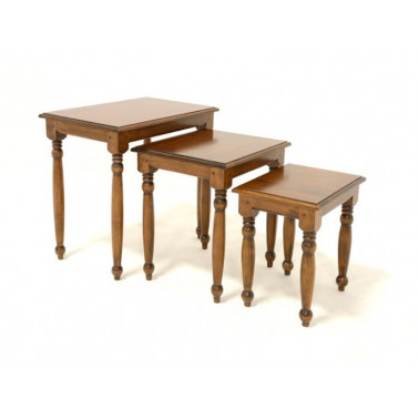 Set of 3 nesting table rounded legs. Classic design