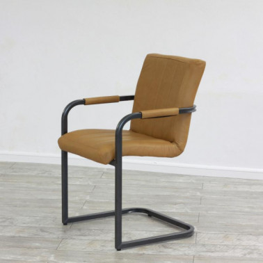 NEW SAFIRA | Armchair in buffalo leather