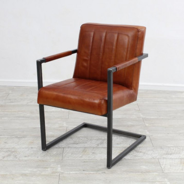BRASOV | Armchair in buffalo leather