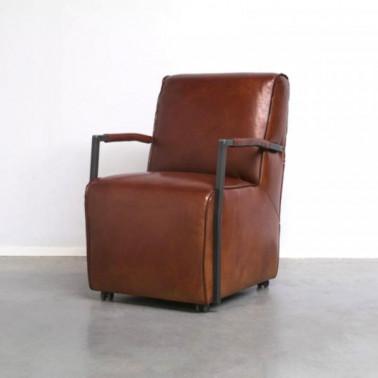 FLEET | Club chair in buffalo leather