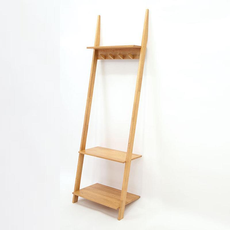 Coat hanger with shelf