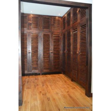 02351 | Dressing Room in...