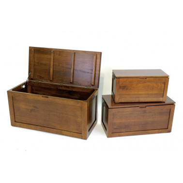Chest in hevea wood